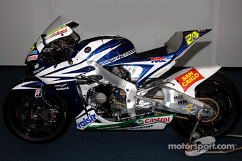 Team Gresini: the Gresini Honda RC212V of Toni Elias