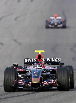 Red Bull Racing and Scuderia Toro Rosso photoshoot: Scott Speed