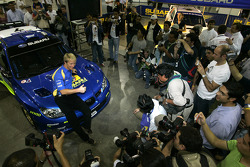 Subaru Impreza WRC2007 launch: Petter Solberg with the new Impreza WRC2008
