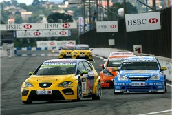 Gabriele Tarquini, SEAT Sport, SEAT Leon and Robert Huff, Team Chevrolet, Chevrolet Lacetti