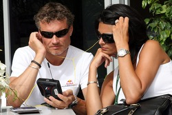 David Coulthard, Red Bull Racing and Karen Minier girlfriend of David Coulthard, using Kangeroo TV