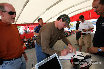 Roger Clemens gets ready to try a go-kart