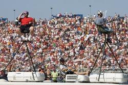 Talladega fans sit comfortable