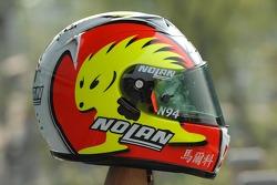 Marco Melandri presents his new helmet