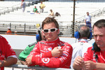 Dan Wheldon waits to qualify