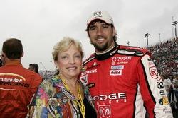Elliott Sadler poses for a photo with his mom, Bell Sadler