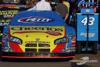 The storied #43 of Petty Enterprises, driven by Bobby Labonte
