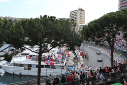 Sebastian Vettel, Ferrari SF15-T leads Lewis Hamilton, Mercedes AMG F1 W06