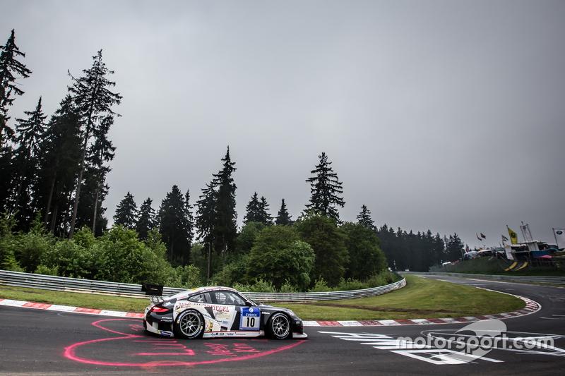 #10 Team Manthey Porsche 911 GT3 RSR: Georg Weiss, Oliver Kainz, Jochen Krumbach, Richard Lietz