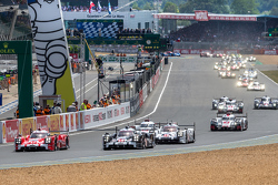 Race start of the 2015 24 Hours of Le Mans