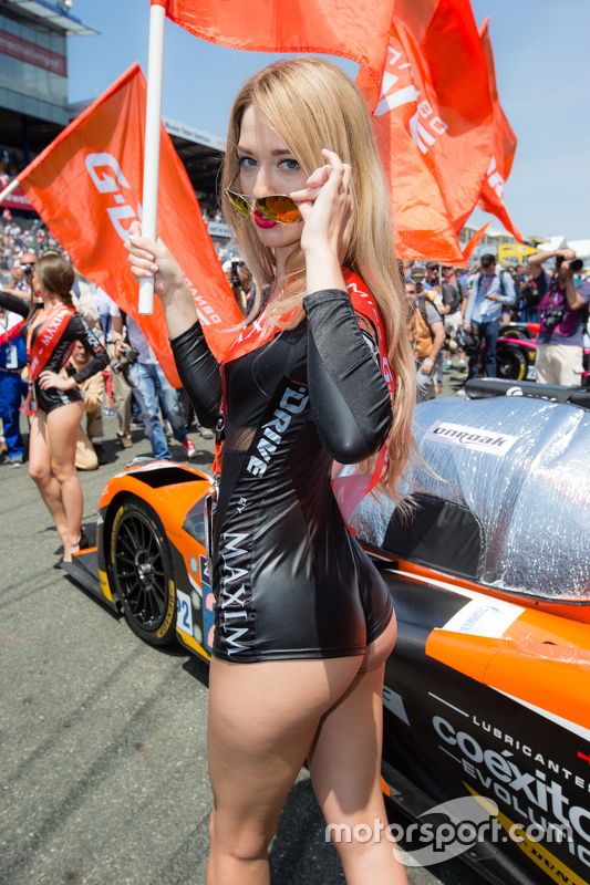 a lovely g drive racing girl at 24 hours of le mans. Black Bedroom Furniture Sets. Home Design Ideas