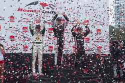 Podium: race winner Race winner Josef Newgarden, CFH Racing Chevrolet, second place Luca Filippi, CFH Racing Chevrolet, third place Helio Castroneves, Team Penske Chevrolet