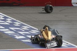 Ryan Briscoe, Schmidt Peterson Motorsports Honda in huge crash