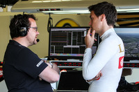 Julien Simon-Chautemps, Lotus F1 Team Race Engineer with Jolyon Palmer, Lotus F1 Team Test and Reserve Driver