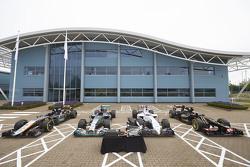 使用梅赛德斯引擎的F1赛车