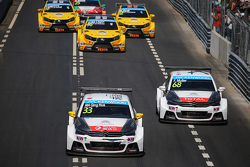 Start: Ma Qing Hua, Citroën C-Elysée WTCC, Citroën World Touring Car team leads