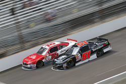 Ryan Reed, Roush Fenway Racing Ford and Jeremy Clements, Jeremy Clements Racing Chevolet