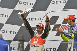 Podium: second place Danilo Petrucci, Pramac Racing Ducati and winner Valentino Rossi, Yamaha Factory Racing