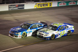 Dale Earnhardt Jr., Hendrick Motorsports Chevrolet and Casey Mears, Germain Racing Chevrolet