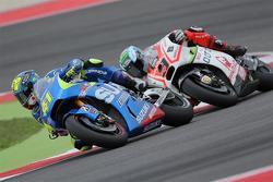 Aleix Espargaro, Team Suzuki MotoGP and Danilo Petrucci, Pramac Racing Ducati