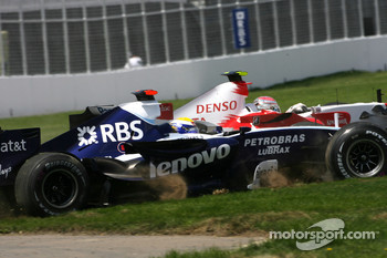 Nico Rosberg, WilliamsF1 Team, Jarno Trulli, Toyota Racing