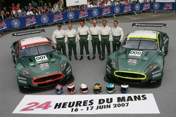 #007 Aston Martin Racing Aston Martin DBR9: Tomas Enge, Peter Kox, Johnny Herbert, #009 Aston Martin Racing Aston Martin DBR9: David Brabham, Rickard Rydell