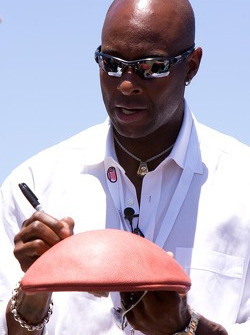 NFL star and Grand Marshal Jerry Rice