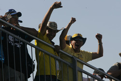 Victory lane: Juan Pablo Fans