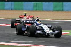 Nico Rosberg, WilliamsF1 Team, FW29, Lewis Hamilton, McLaren Mercedes, MP4-22