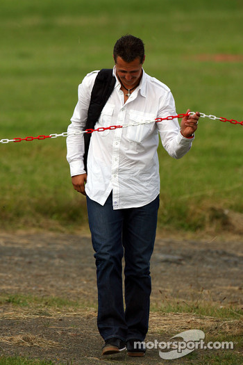 Michael Schumacher, Scuderia Ferrari, Advisor arrives at the helicopter airfield, heli port