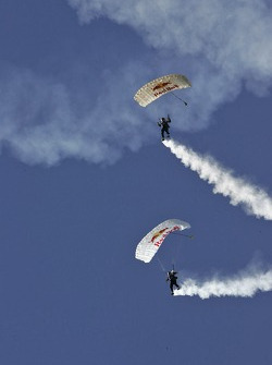 Red Bull skydivers
