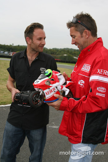 Remote controlled bike race: Troy Bayliss