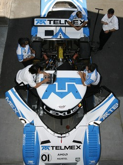 Chip Ganassi team members at work