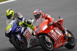Valentino Rossi passes Casey Stoner