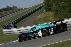#1 Vitaphone Racing Team Maserati MC 12: Michael Bartels, Thomas Biagi