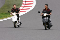 Jacky Eeckelaert, Honda Racing F1 Team, Chief Engineer