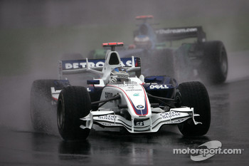 Nick Heidfeld, BMW Sauber F1 Team, Jenson Button, Honda Racing F1 Team
