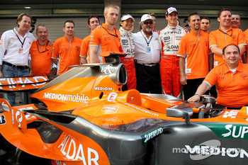 l-r, Michiel Mol, Spyker, Mike Gascoyne, Spyker F1 Team, Chief Technology Officer, Sakon Yamamoto, Spyker F1 Team, Dr Vijay Mallya, Kingfisher, Adrian Sutil, Spyker F1 Team and Colin Kolles, Spyker F1 Team, Team Principal
