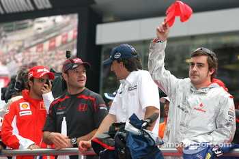 l-r, Felipe Massa, Scuderia Ferrari, Rubens Barrichello, Honda Racing F1 Team, Robert Kubica,  BMW Sauber F1 Team and Fernando Alonso, McLaren Mercedes