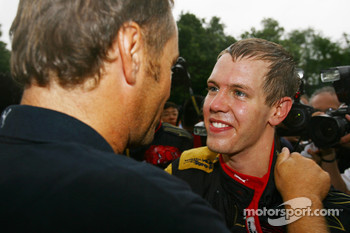 Sebastian Vettel, Scuderia Toro Rosso and Gerhard Berger, Scuderia Toro Rosso, 50% Team Co Owner celebrate after finished 4th