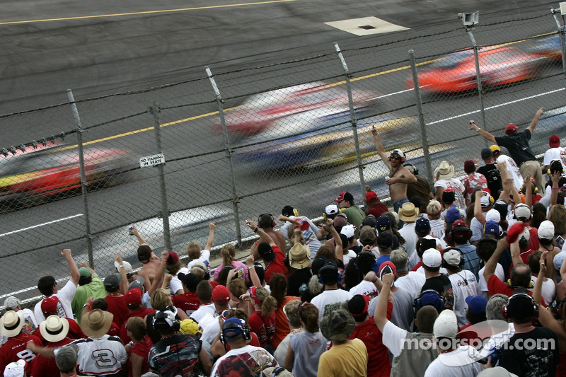 Talladega fans cheer on as Dale Earnhardt Jr. takes the lead