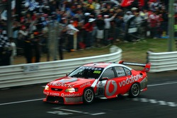 Craig Lowndes takes back to back Bathurst 1000