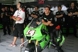 Kawasaki Racing pit box