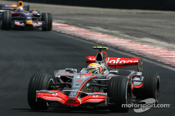 Lewis Hamilton, McLaren Mercedes, David Coulthard, Red Bull Racing