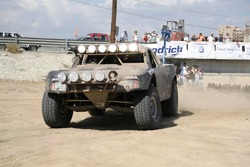 Mark Post, Rob MacCachren overall Winners of 40th Tecate SCORE Baja 1000