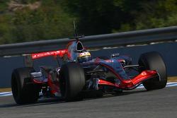 Pedro de la Rosa, Test Driver, McLaren Mercedes, MP4-22, slick tyres