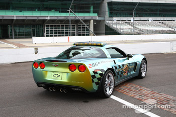 The E85 concept Pace Car is distinguished by a unique Gold Rush Green color-shifting paint scheme that changes between hues of green and gold when viewed from different angles and in different light