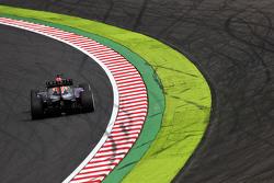 Daniel Ricciardo, de Red Bull Racing RB11 sacando chispas