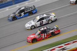 Kurt Busch, Stewart-Haas Racing Chevrolet and Brad Keselowski, Team Penske Ford and Kasey Kahne, Hendrick Motorsports Chevrolet
