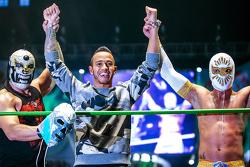 Lewis Hamilton, Mercedes con Luchadores